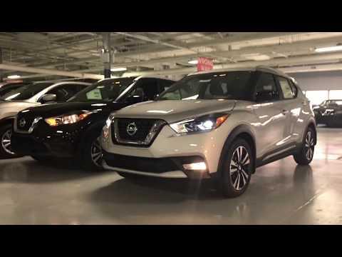 2018 Nissan Kicks SR vs SV start up and comparison