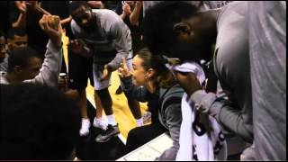 Becky Hammon coaching Spurs Summer League team