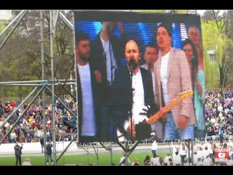 Смотреть Пасха Христова в Днепре! Виталий Ефремочкин ,,ВЗОРВАЛ,, стадион с 20 000 христианами онлайн