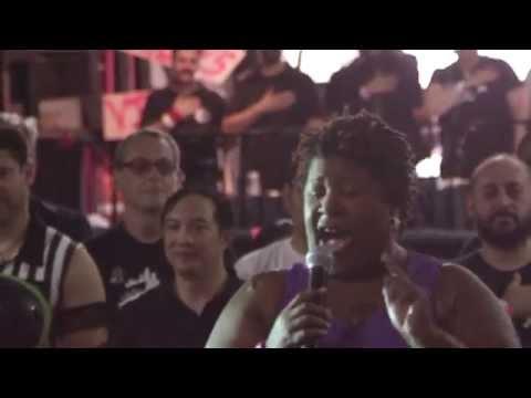 Cleo King Sings the National Anthem at Twenty Wonder 2014