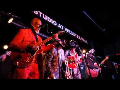 Music maker blues revue