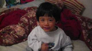 baby 2 years old say how to say i love you in tagalog (Filipino language)