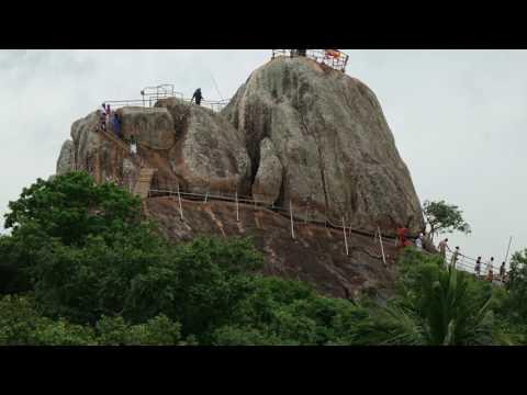 Sri Lanka z Rainbow Tours  Łza z Policzka Indi