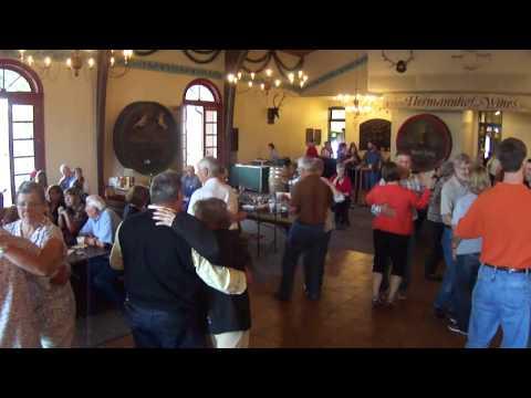 Oktoberfest Hermann Missouri - Loehnig German Band - Edelweiss