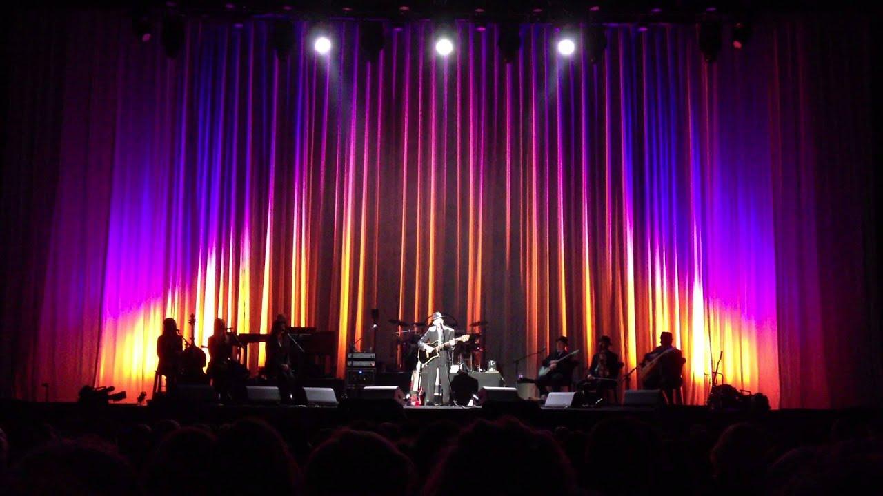 Leonard Cohen Chelsea Hotel #2 Live In Sydney 16th Nov