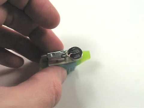 Micro-robots fabricados con cepillos de dientes