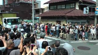 会津藩公行列2014 午前の部 綾瀬はるかさん6分40秒くらいから登場.