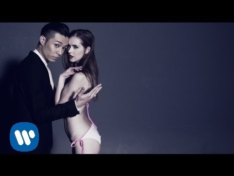 周柏豪 Pakho Chau - 摔角 In The Ring (Official Music Video)