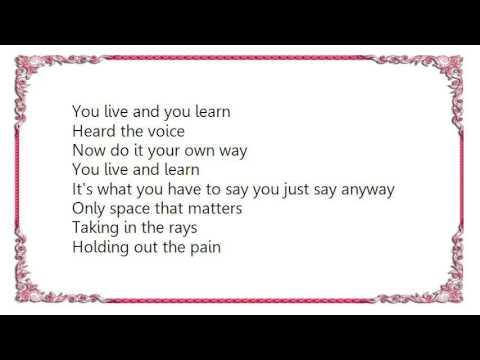 Achis' Reggae Blog: Lyrics!: Queen Omega