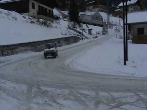 Fiat panda 4x4 extreme snow driving youtube for Panda 4x4 extreme