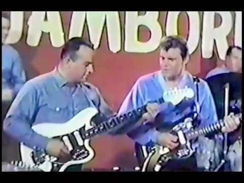 Glen Campbell shreds on