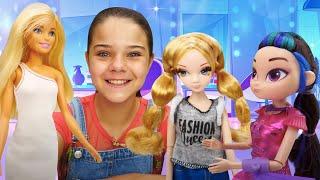Видео про куклы - Сборник для девочек. Барби и куклы из м/ф Сказочный патруль в салоне красоты!