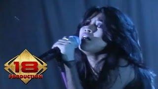 Download Utopia - Kosong (Live Konser Safari Musik Indonesia - Amurang Manado 2006) Mp3
