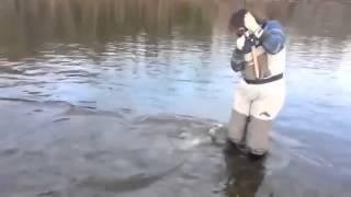 Взял жену на рыбалку   Видео приколы на рыбалке смотреть бесплатно