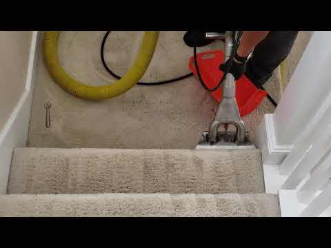 How To Clean  Stairs Carpet Cleaning Fast And Easy (the Right Way)