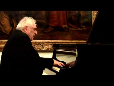 Vladimir Krpan plays Chopin Etudes Op.25:  No.8, No.10, No.12