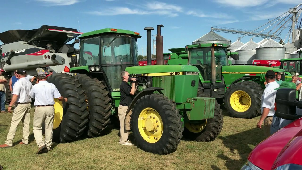 1990 John Deere 4455 With 7819 Hours Sold For 29 000 On