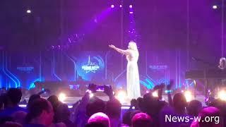 Смотреть видео Белые Ночи, Санкт-Петербург. Ледовый дворец 22.07.2018 онлайн