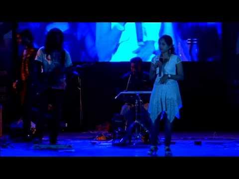 Channel V Super Singer finalist Shilpi Paul live @ Science City