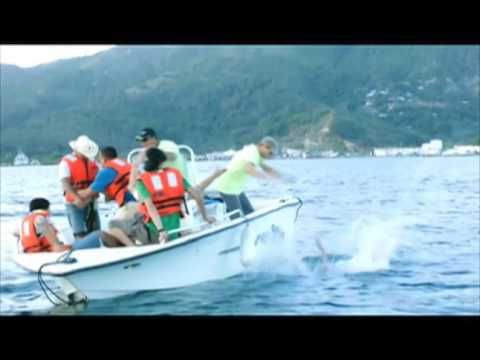 Un loco verano catracho -Trailer Cinelatino LATAM