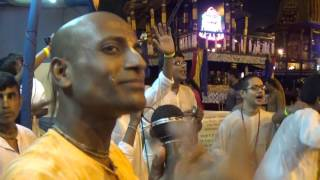Passionate & Frenzied Lord Krishna Devotees | ISKCON Kolkata Rath Yatra 2017 | Special Mela (Fair)