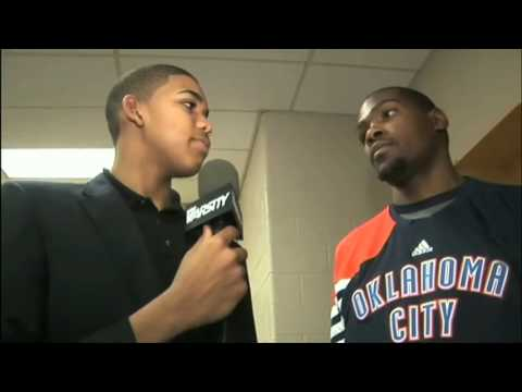 As HS freshman, Karl-Anthony Towns interviews Kevin Durant