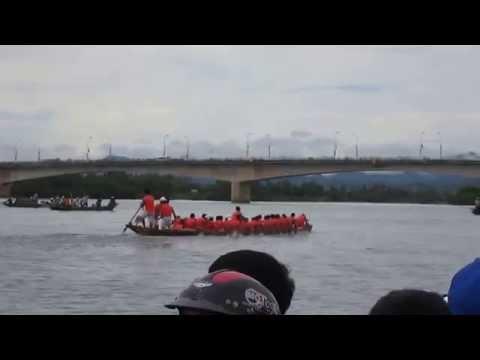 Giải đua thuyền truyền thống huyện Quảng Ninh - Quảng Bình