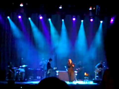 Shinedown - I'm  Not An Addict (K's Choice cover) (Live @Tivoli Theater, Chattanooga, TN 11/6/10)