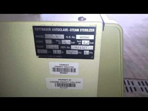 Tuttnauer 2540M Autoclave