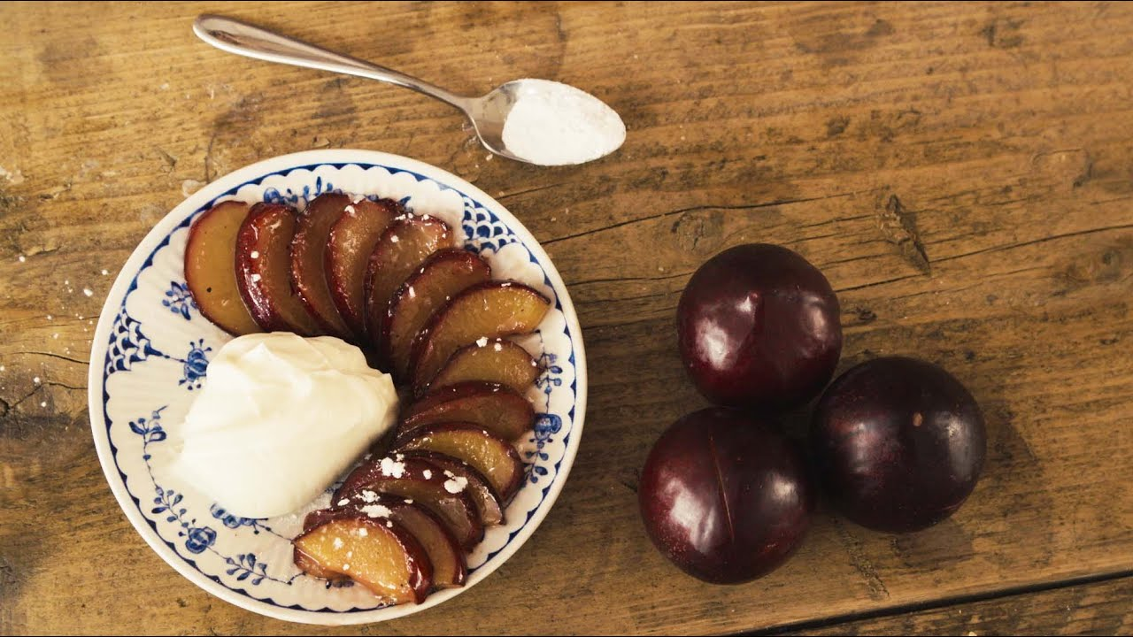 How to make caramelised plums with mascarpone | 10 minute desserts