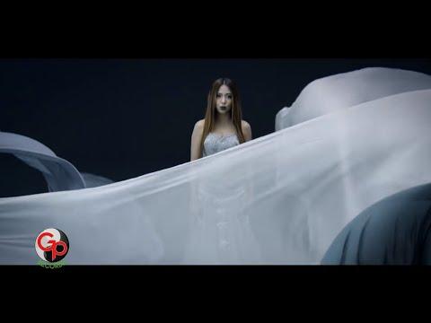 Nadia Vega - Mentari [Official Music Video]