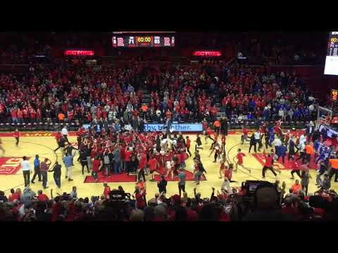 Rutgers fans storm the court after stunning Seton Hall