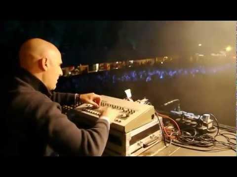 Vince Watson closing Revolution 909 Festival on 909!