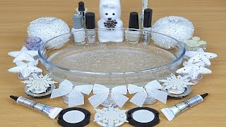 Slime White Mixing makeup and glitter into Clear Slime