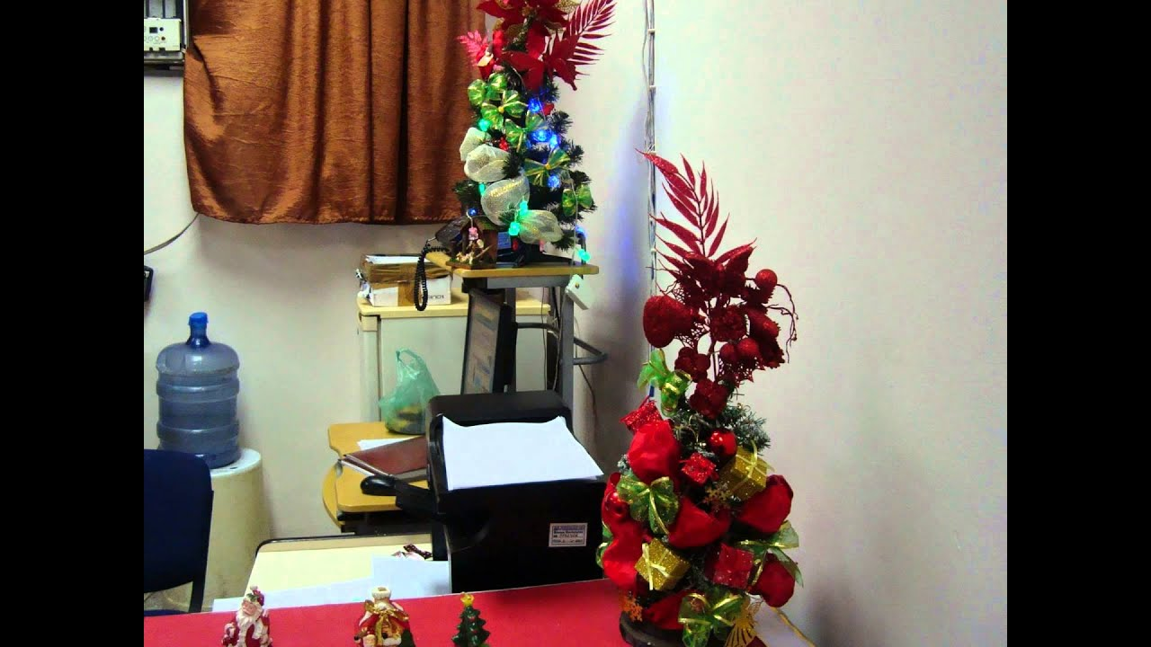 Decoraci n de navidad oficina youtube for Adornos oficina