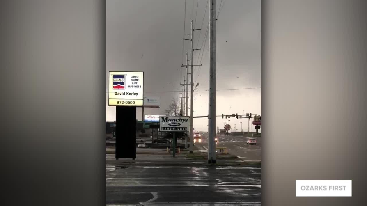 Tornado tears through northeast Arkansas; at least six injured