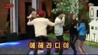 Chanyeol's Urge to Hug Dara (ChanDara Moment 2016)