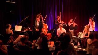 Qué Falta Que Me Hacés - Orquesta Silbando