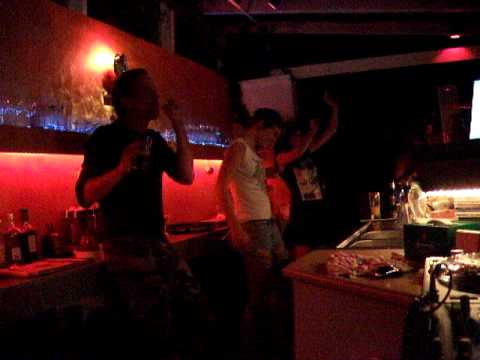 TOKTOK Live in a sea coast bar of Crete