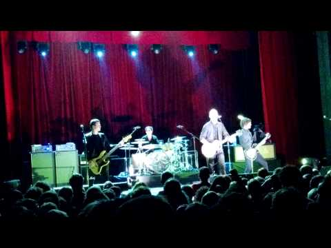 """Ed Kowalczyk Performing """"Shit Towne"""" Live At Enmore Theatre Sydney 2014"""