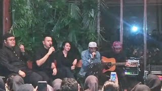 Download Adu Rayu - Tulus ft. Glenn Fredly ( Kumpul Teman Tulus 2019 ) Mp3