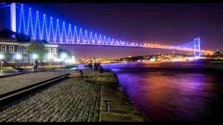 İstanbul (Bu şehir ve aşk birbirine öyle çok yakışıyor ki..Bu şarkıyı dinlemeye doyamayacaksınız)