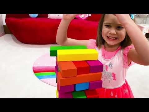 Макс и Катя играют в пирамиды