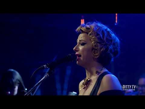 Samantha Fish performs Chills & Fever on DittyTV