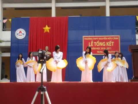 Clip mua Ki Niem Mai Truong 11A2 Nguyen Huu Canh Bien Hoa Dong Nai