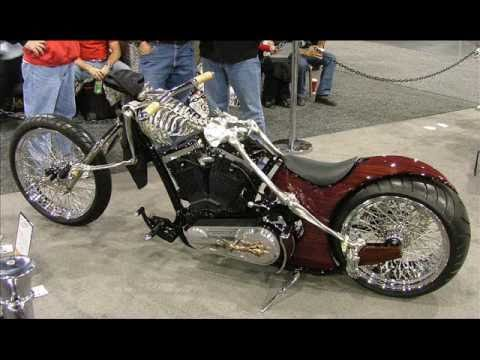 Hot Rod V Twin Show Motorcycles And 2 Beautiful Girls
