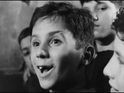 Crónica De Un Niño Solo   1965 Leonardo Favio (Película completa)