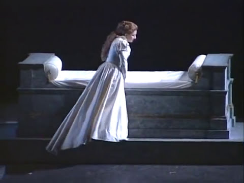 Mariella Devia - Oh quante volte, oh quante - I Capuleti e i Montecchi - 2002