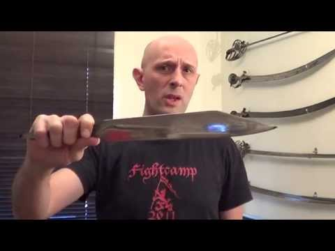 Anglo-Saxon seax compared to 19th century Bowie knife