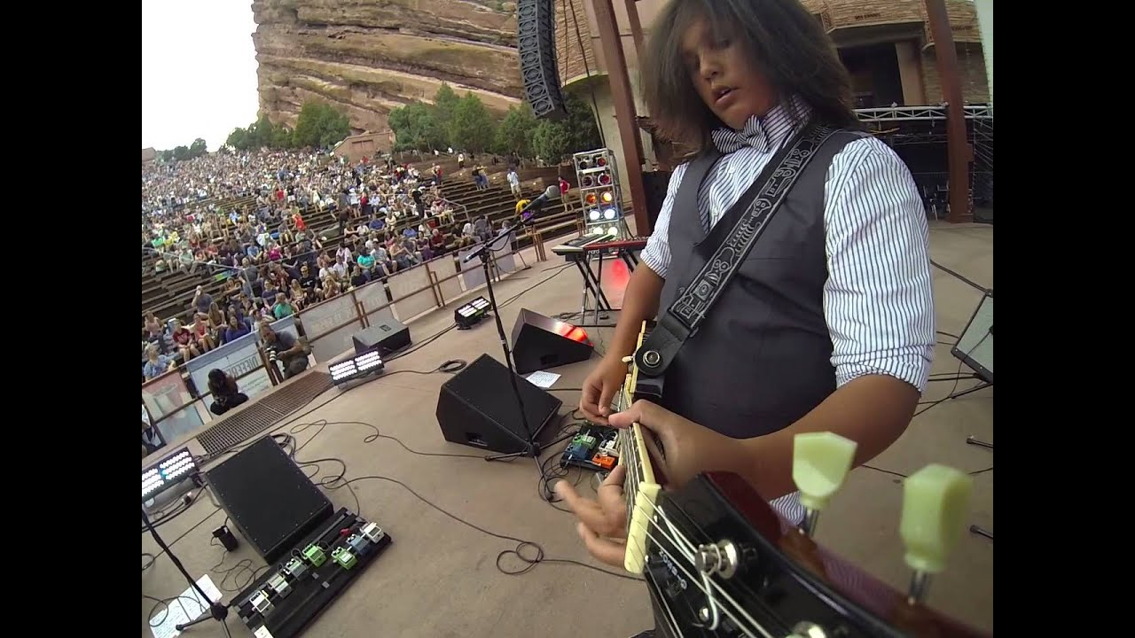 Cody Templeman Gopro Camera On His Guitar At Red Rocks